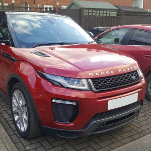 This is my current 2018 HSE Evoque